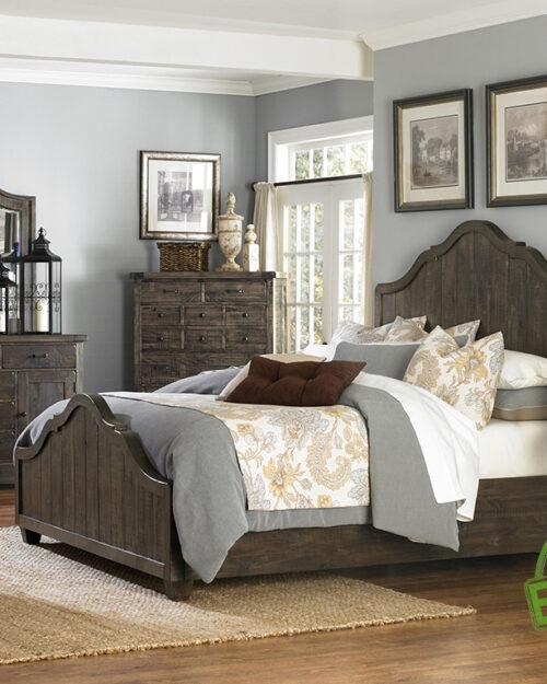 Кровать из массива натурального дерева Корона