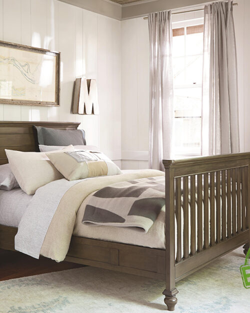 """Кровать из массива натурального дерева """"Лондон"""""""
