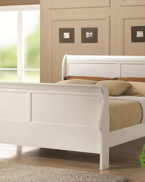 Кровать из массива натурального дерева София