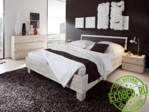 Кровать из массива натурального дерева Ивио
