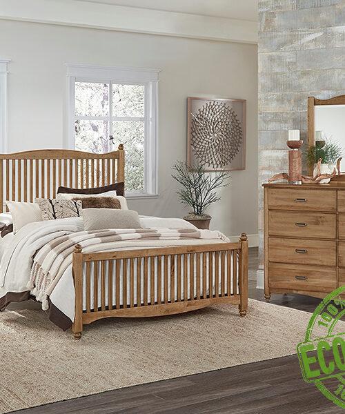 Кровать из массива натурального дерева Виктория 1
