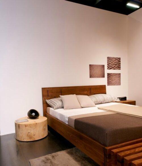 Кровать из массива натурального дерева Версо